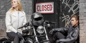 Closed_breit